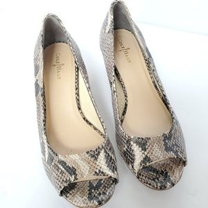 Cole Haan open toe wedge snake print 7.5 Air Tali